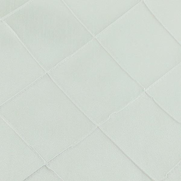 pintuck-white